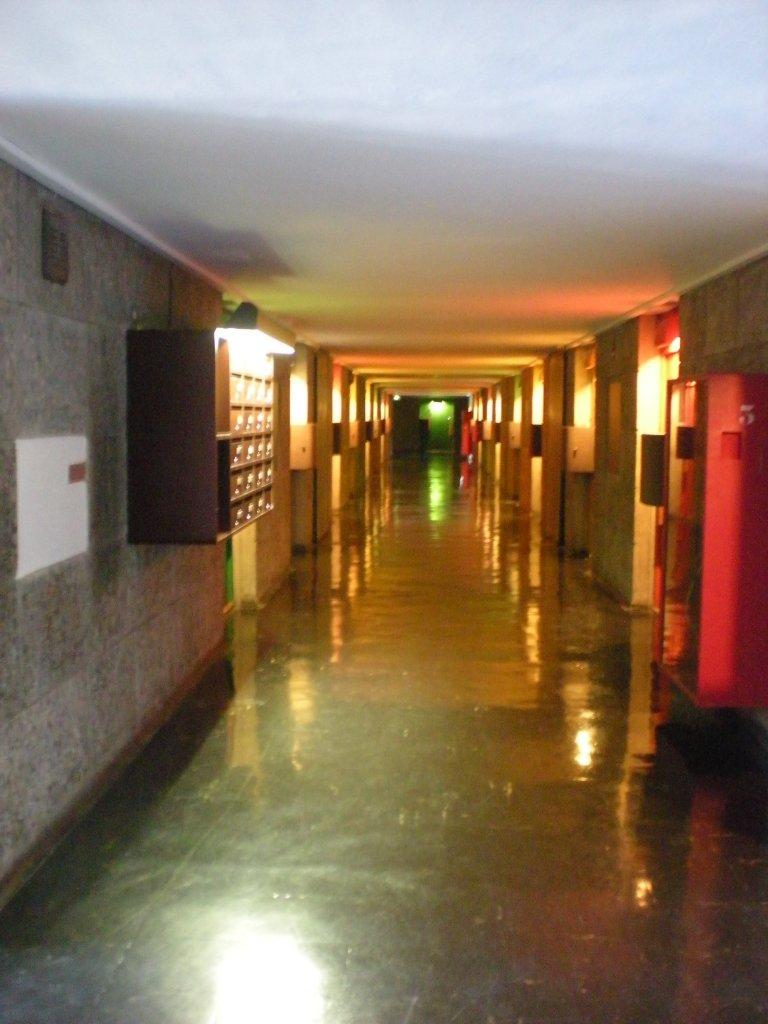 Low ceiling corridor