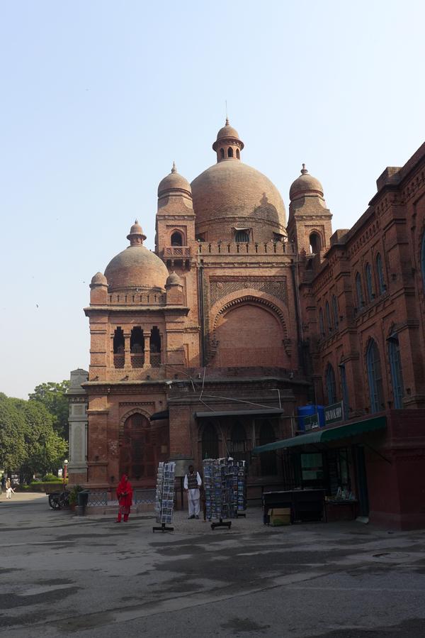 Lahore_Museum03