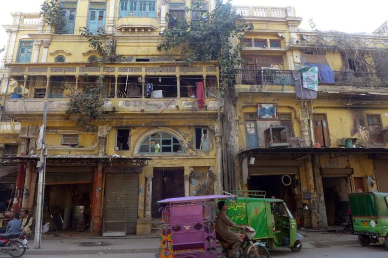 Lahore_Street_04_food
