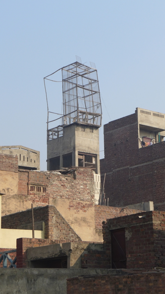 Lahore_Walled_City_17_pigeon_cage